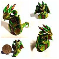 Green and Gold dragon by LittleCLUUs