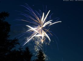 Fireworks 04 by M-L-Griffith