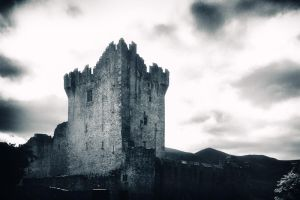 Ross Castle by TrollDuNord