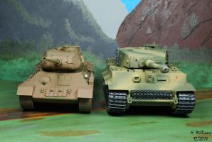 T34-85 and Tiger I by 12jack12