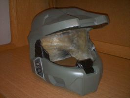 Master Chief Helmet by MintShard