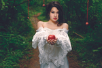 Snow White-Apple by chrisng121212
