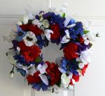 Red, White and Bloom floral wreath by Lyrak