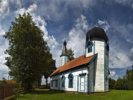 Old Believers' timber church by kamzik