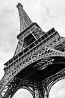 Eiffel tower by mudridedotcom