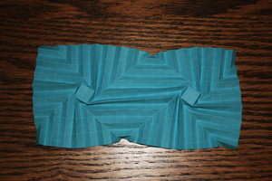 Origami blue thing by MuggleHater