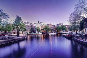 The violet hour in Amsterdam by jeebchym