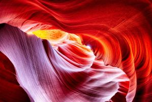 Waves of Antelope Canyon by rickbattle