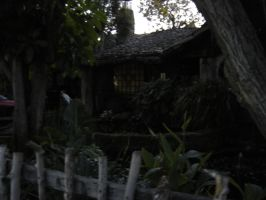 Hobbit-like house Culver City by angelstar22
