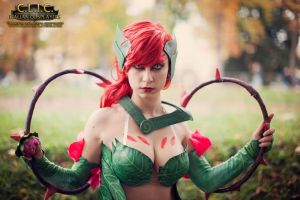 zyra league of legends cosplay lucca comics 2013 by Dayene7