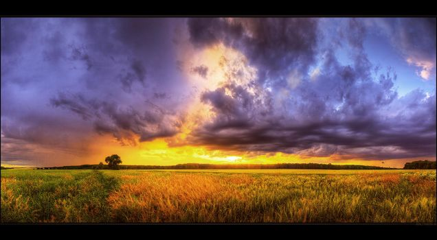 Hungarian skies pt.CXL. by realityDream