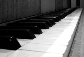 The piano. by Cedma