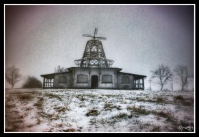 Ludovic Hat House on Snow by pippa-hynelin