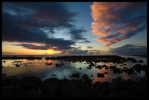 Just an Oahu Sunset by themobius
