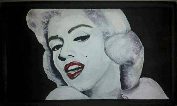 Marilyn Monroe  by aperfectmjk