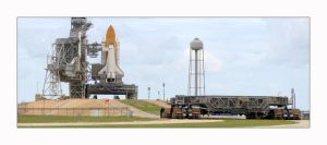 Discovery at Pad 39A by OpticaLLightspeed