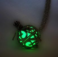 Glow in the Dark - Glow in the Dark Materia by MySoulShards