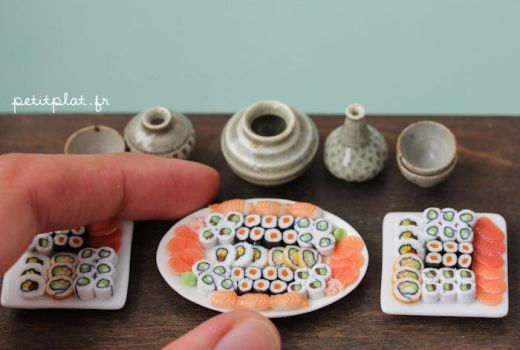 Huge Selection of Sushis on an Oval Plate by PetitPlat