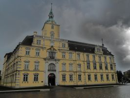 Schloss Oldenburg by HexeMistelzweig
