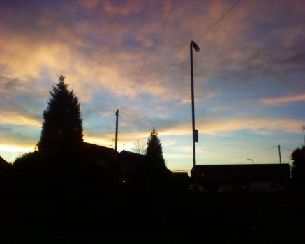 Sunrise - street piccy 2 by Rynth