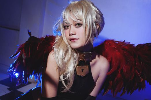 Red Wing Angel! I by AsumiChan