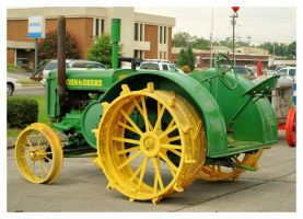 Very Old John Deer Tractor by TheMan268