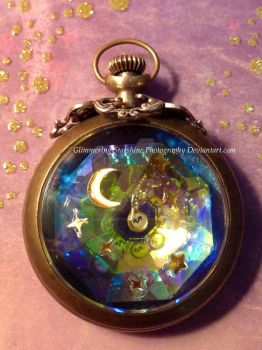 Pendant of Peculiarities by GlimmeringStarshine