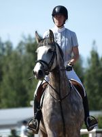 Showjumping by wakedeadman