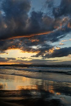Wet sand - Byron Bay 1 by wildplaces