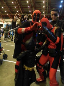 LFCC: Batman punches deadpool by LabyrinthLadyLover