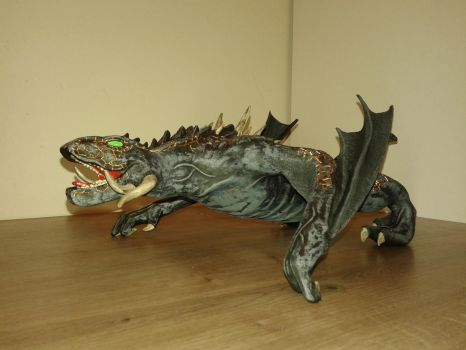 Game of Thrones Drogon sculpture 03 by TKnockers