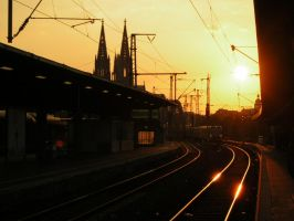 Sunset in Cologne by VansForEver