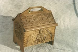 Hand carved sewing box by JARM13