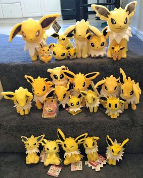 Jolteon Plush collection by JamJams