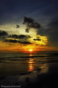 SUNSET AT KUTA BALI by priyantohendrik