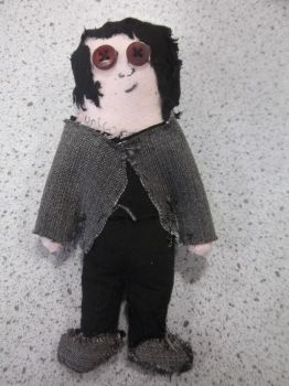 Gerard Way Doll by Saraita